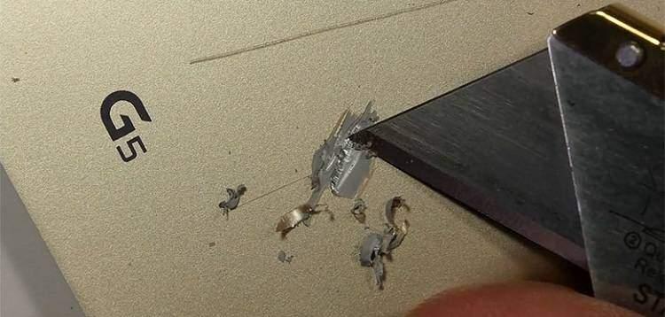 LG G5, il device non è di plastica