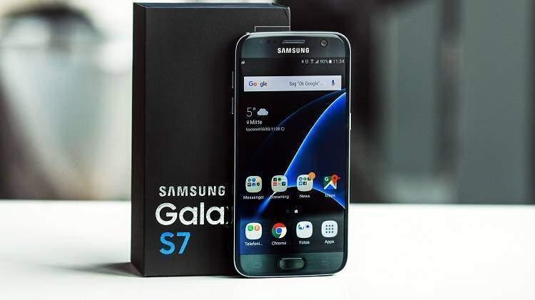 Samsung Galaxy S7 e S7 Edge si aggiornano con la patch di Ottobre