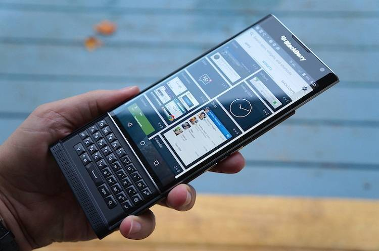 BlackBerry Priv con Garanzia Italia tocca il prezzo più basso: solo 339€!