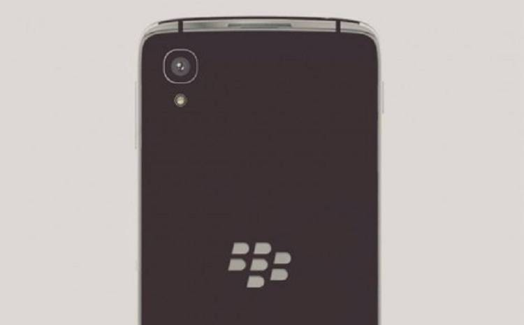 BlackBerry, a ottobre smartphone senza tastiera e con certificazione IP67