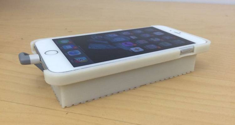 iPhone con Android grazie ad una cover