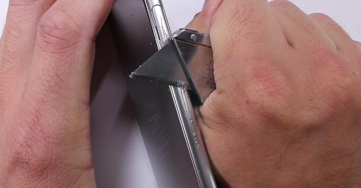 Sony Xperia XZ nasconde molta plastica nella scocca!