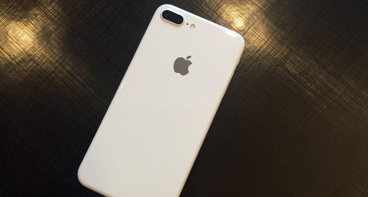 iPhone 7 e  7 Plus: arriva la variante Jet White?