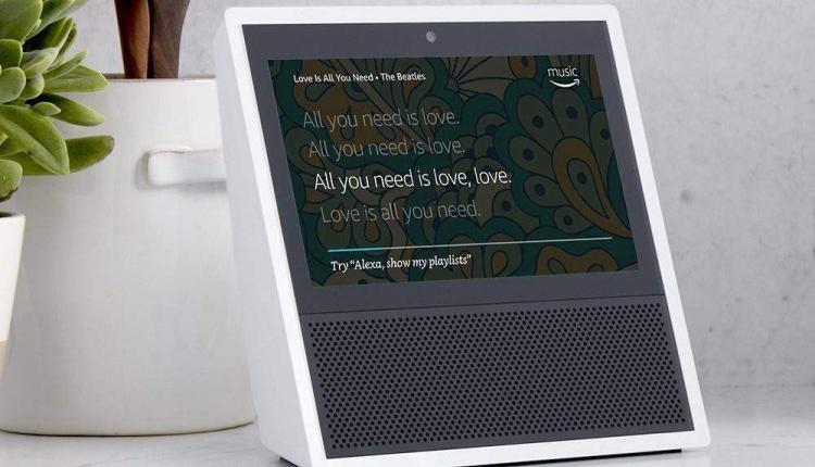 Amazon Echo Show, arriva lo speaker con display touch
