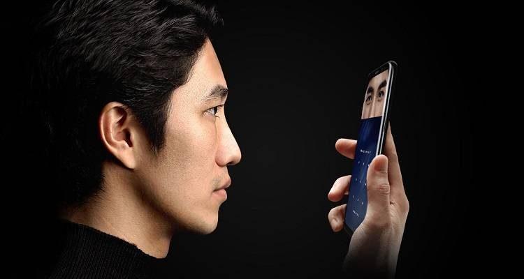 Lo scanner dell'iride del Galaxy S8 si bypassa con una semplice foto!