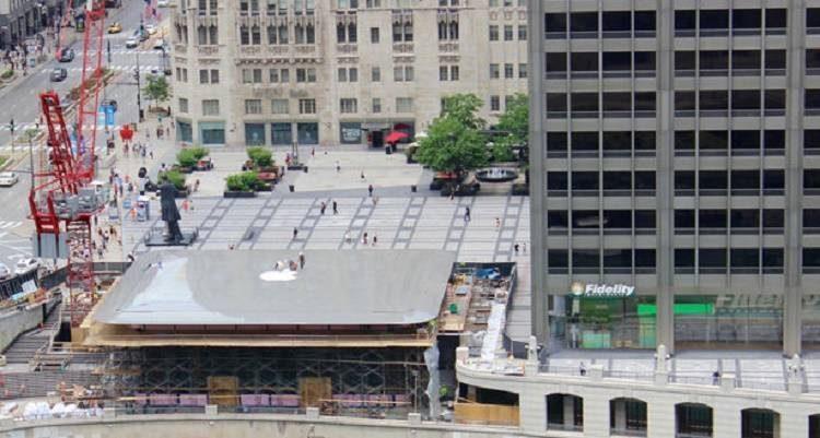 Apple Store di Chicago in costruzione: è un enorme MacBook!