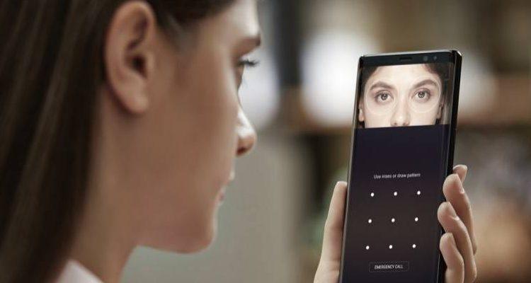 Samsung Galaxy Note 8, il riconoscimento facciale può essere facilmente aggirato con una foto?