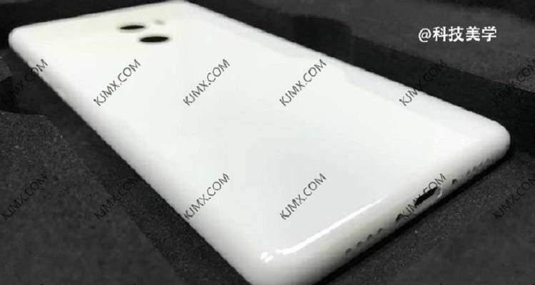 Xiaomi Mi Mix 2, spunta la foto leaked della parte posteriore (in ceramica?)