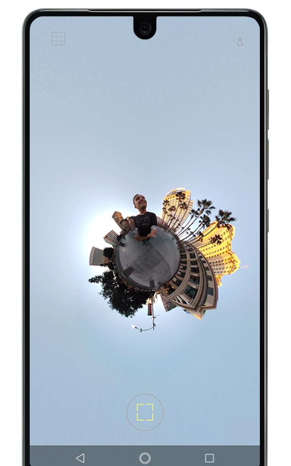 Essential Phone aggiorna la sua fotocamera con modalità Tiny